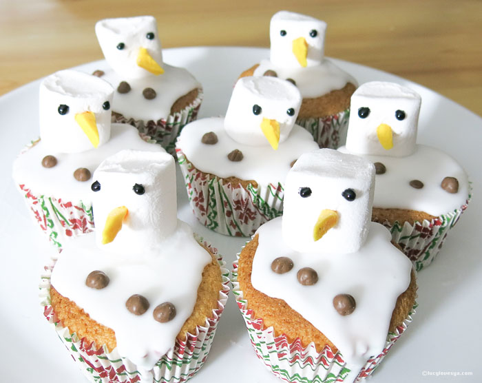 Melted SnowmenCakes