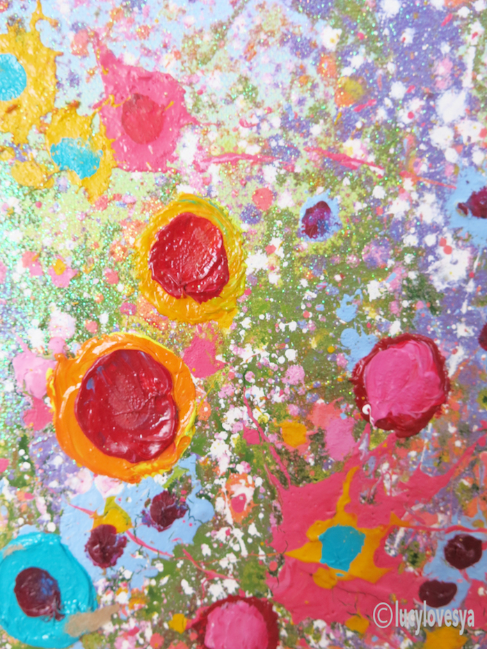 yvonne-coomber-canvas-close-up
