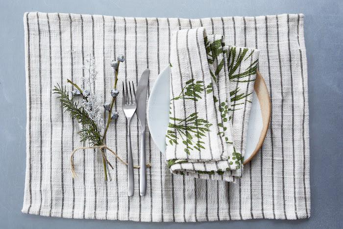 Striped linen tableware retro