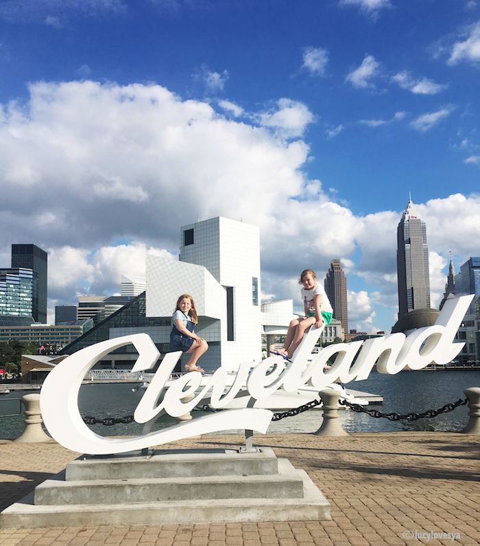 Cleveland sign Ohio visit places trip