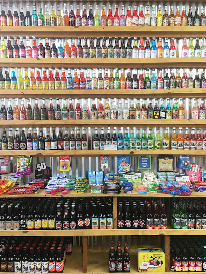 rocket fizz candy shop cleveland