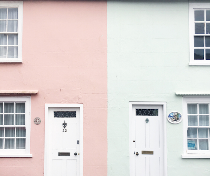 pastel houses southwold