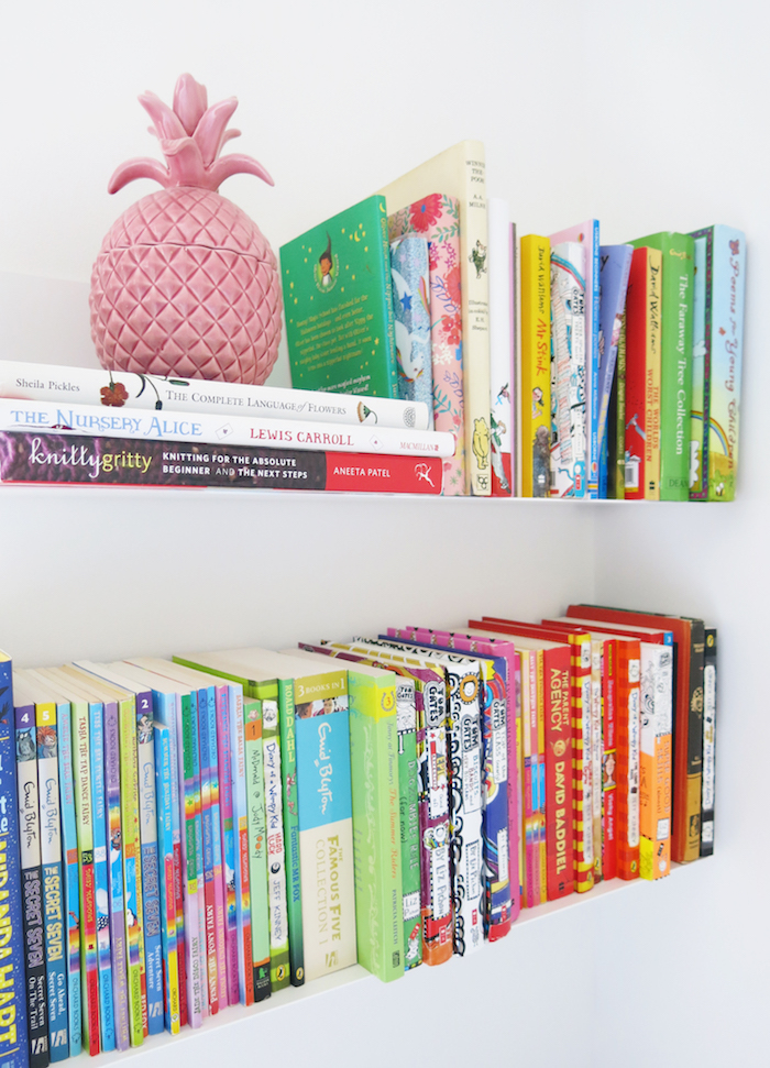 tee books shelving white contemporary