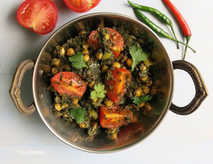 Saag-Chana-Chat-e1437077594454