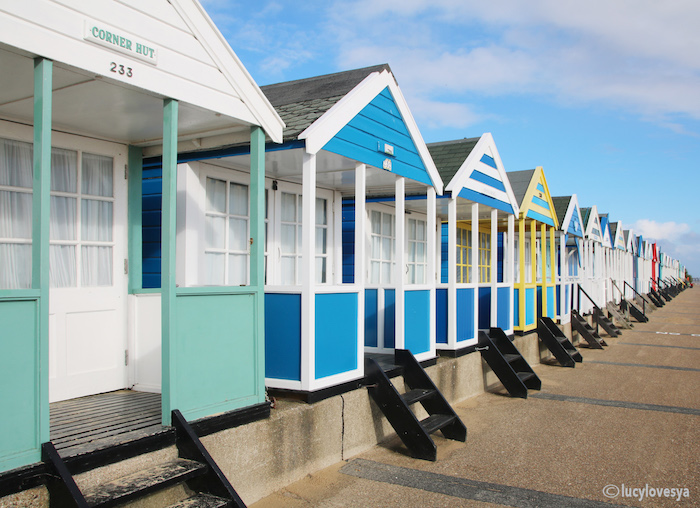 beach-huts-of-southwold
