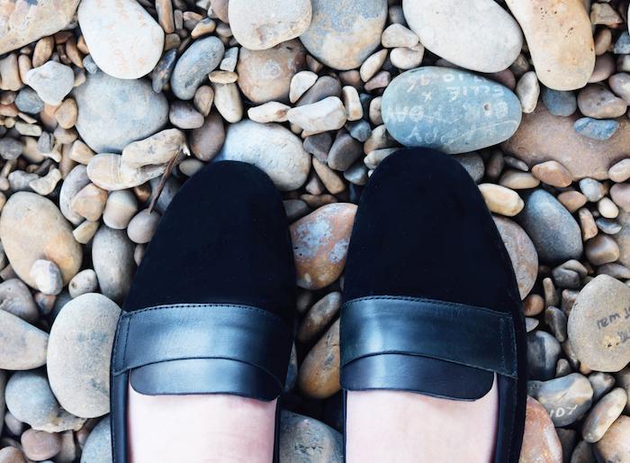 Boden shoes pebbles aldeburgh beach