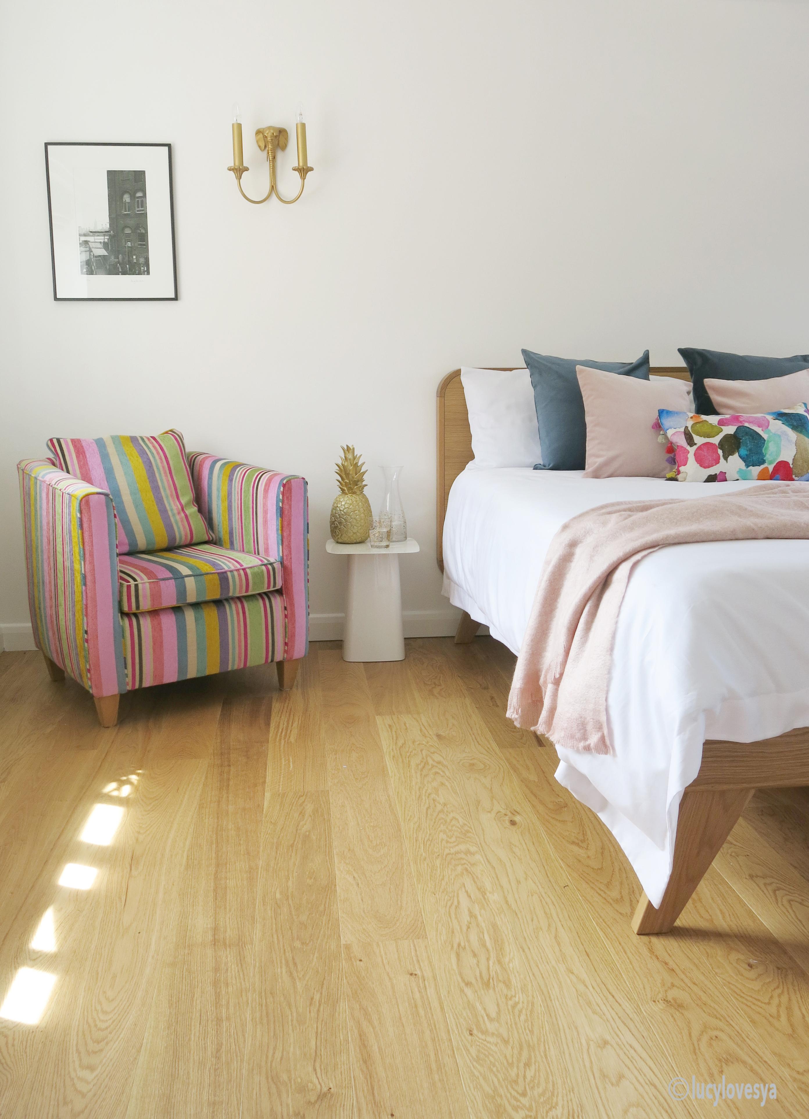 Comfy Bedroom Guest Room Wooden Floor