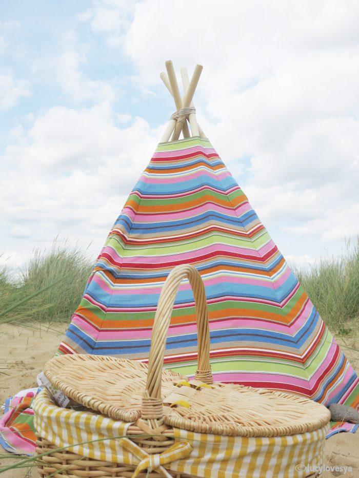 Teepee tutorial seaside tent diy