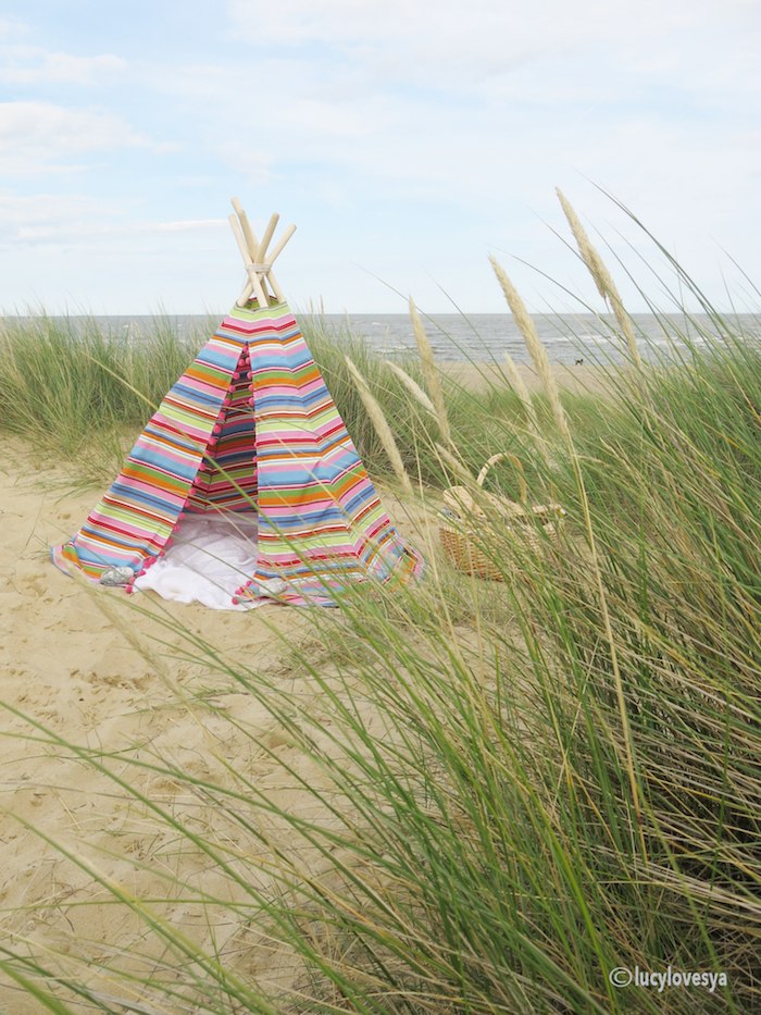 seaside teepee tutorial stripes pom poms