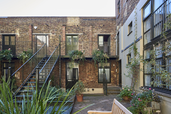 London Apartment Mews Home Trendy Cool