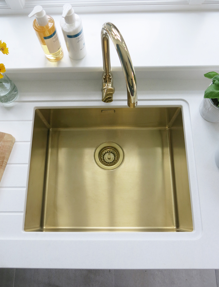 Gold Sink Undermount Shiny Warm Kitchen Inspiration