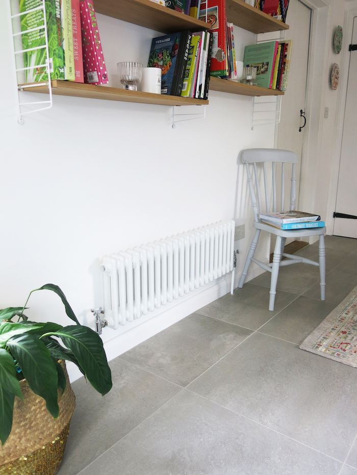 Vintage style radiator classic white style