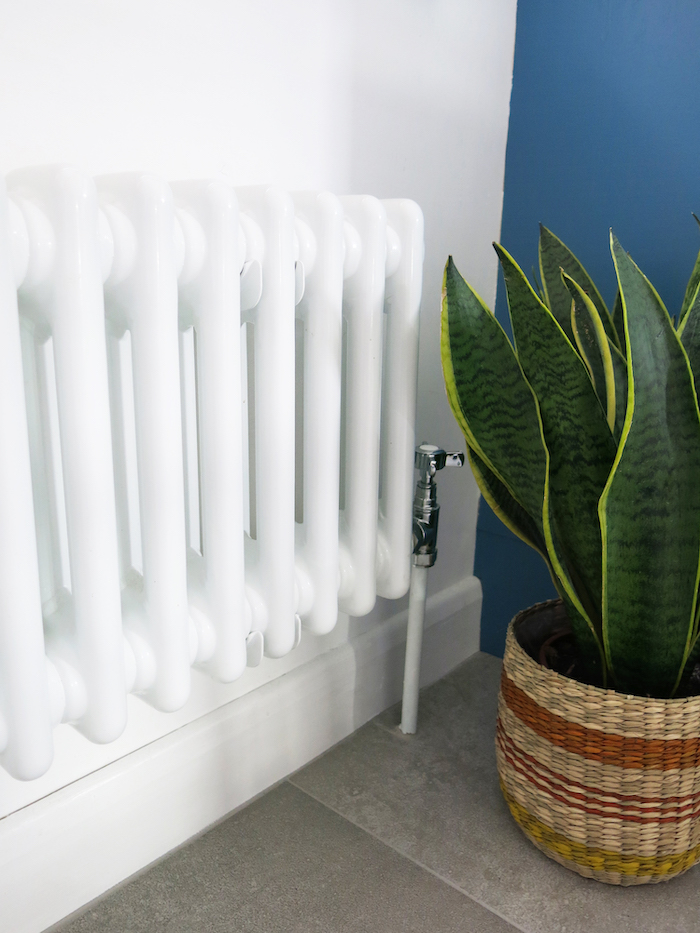 vintage classic old style white radiator in kitchen advice iideas