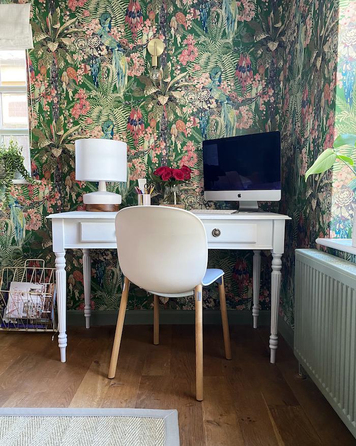 Linwood wallpaper office